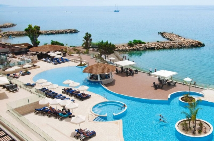 Royal Apollonia Beach Hotel в Лимассоле