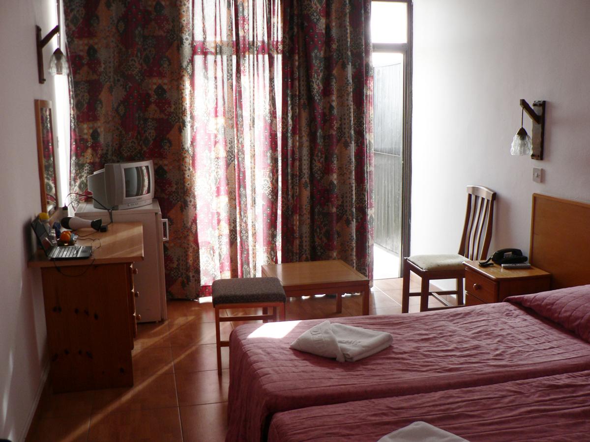 отель вероника пафос кипр фото